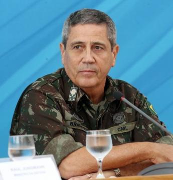 Bolsonaro indica general para assumir Casa Civil no lugar de Onyx