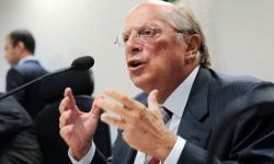 Jurista afirma que Bolsonaro cometeu crime de responsabilidade, passivo de impeachment