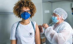 Prefeitura de Maceió começa a vacinar adolescentes de 14 anos contra Covid-19 nesta quinta (9)