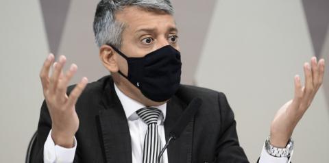Roberto Dias, acusado de pedir propina, é preso durante depoimento na CPI da COVID