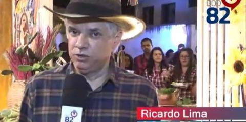 O cantor e juiz de direito Dr. Ricardo Lima abrilhantou a festa de confraternização junina do TJ/AL