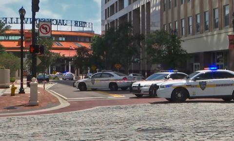 Comunidade gamer lamenta tiroteio durante campeonato de videogame em Jacksonville, na Flórida