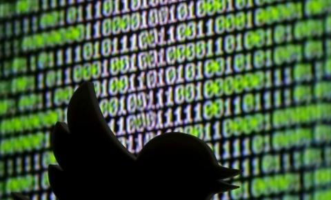 Twitter alerta usuários sobre vazamento de dados após 'atividade anormal'
