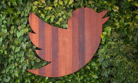 Twitter anuncia botão que separa tweets recentes dos destacados na página inicial