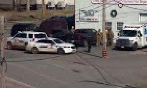 Tiroteio no leste do Canadá deixa pelo menos 16 mortos