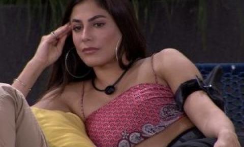 Mari Gonzalez fala de decepções com Manu Gavassi e meninos no BBB 20