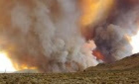 Tornados de fogo: Estados Unidos emitem alerta para fenômeno raro e assustador