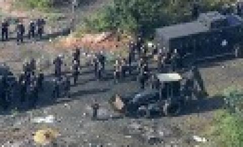 Polícia acha cemitério clandestino usado por traficantes no Rio