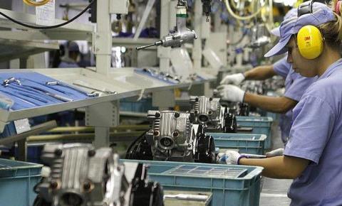 Confiança da indústria cresce 8,4 pontos na prévia de agosto