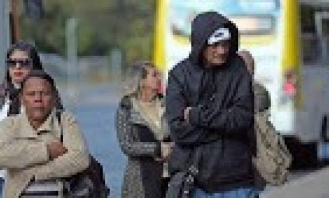 Onda de frio intenso começa a atingir vários estados do Brasil