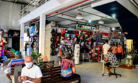 Comerciantes reclamam do baixo movimento no Shopping Popular