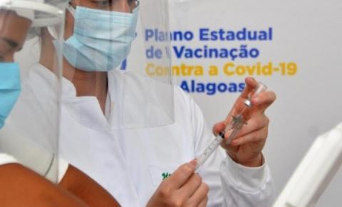 276.795 doses das vacinas contra a Covid-19 foram aplicadas em Alagoas