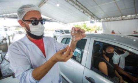 Prefeito JHC anuncia novo calendário de vacinação contra a covid-19; confira