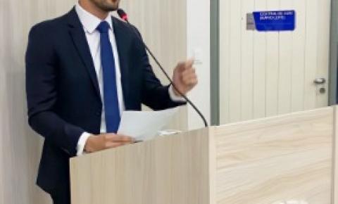João Catunda critica falta de planejamento em volta às aulas de Maceió