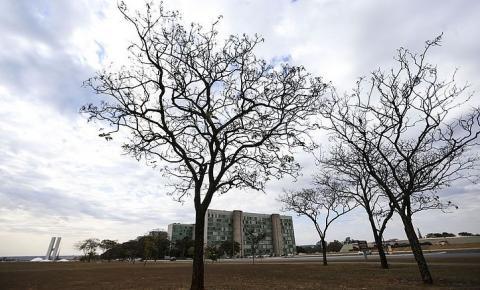 Feriado deve ter tempo firme na maior parte do país, diz Climatempo