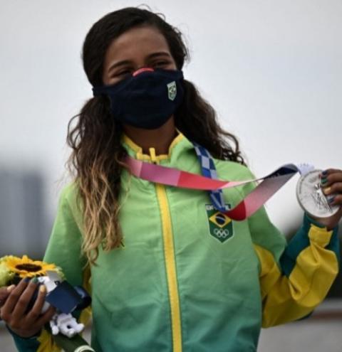 Rayssa Leal: a Fadinha brasileira que voou pela medalha de prata nos Jogos Olímpicos